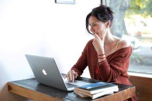 Randki internetowe – sieć swatką XXI wieku
