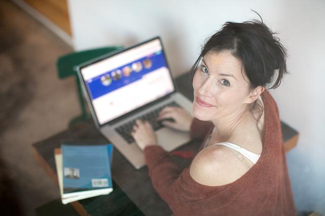 Randki internetowe - przegląd portali randkowych
