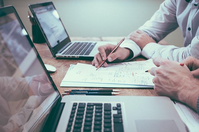 Szkolenia z prawa pracy - czego można się dowiedzieć?