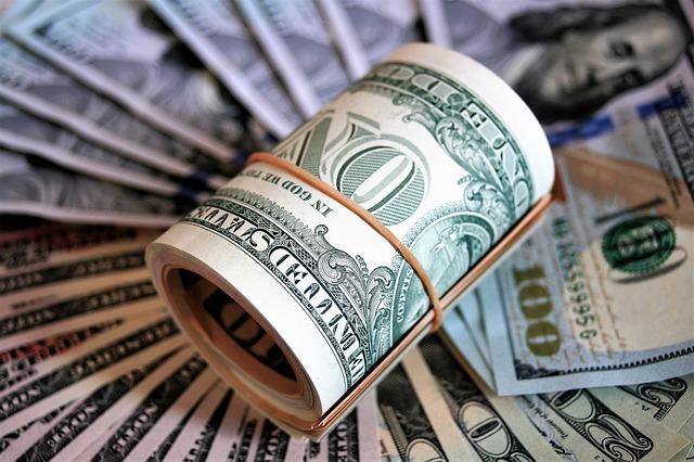 Na co zwrócić uwagę podczas wyboru lokaty bankowej?