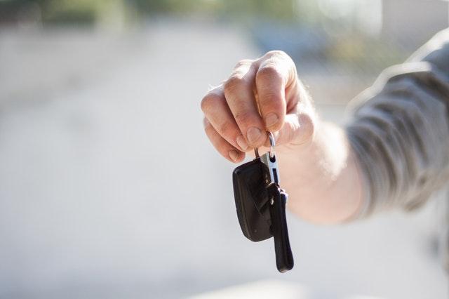 Czy wynajem samochodu to opłacalne i dobre rozwiązanie?
