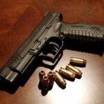 Jak w Polsce można zdobyć pozwolenie na broń palną?